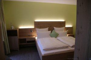 Zimmer 1 mit Terrasse