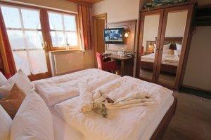 Zimmer 8